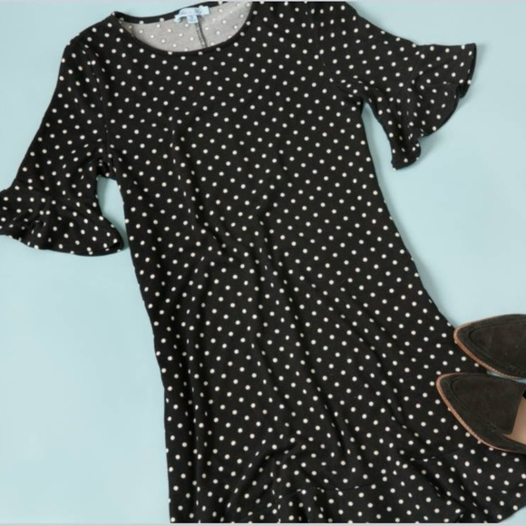 She and Sky Dresses & Skirts - Polka dot knit ruffled dress from Golden Tote